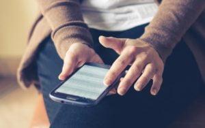 Miten 5G yhteys vauhdittaa mobiilipelaamista?